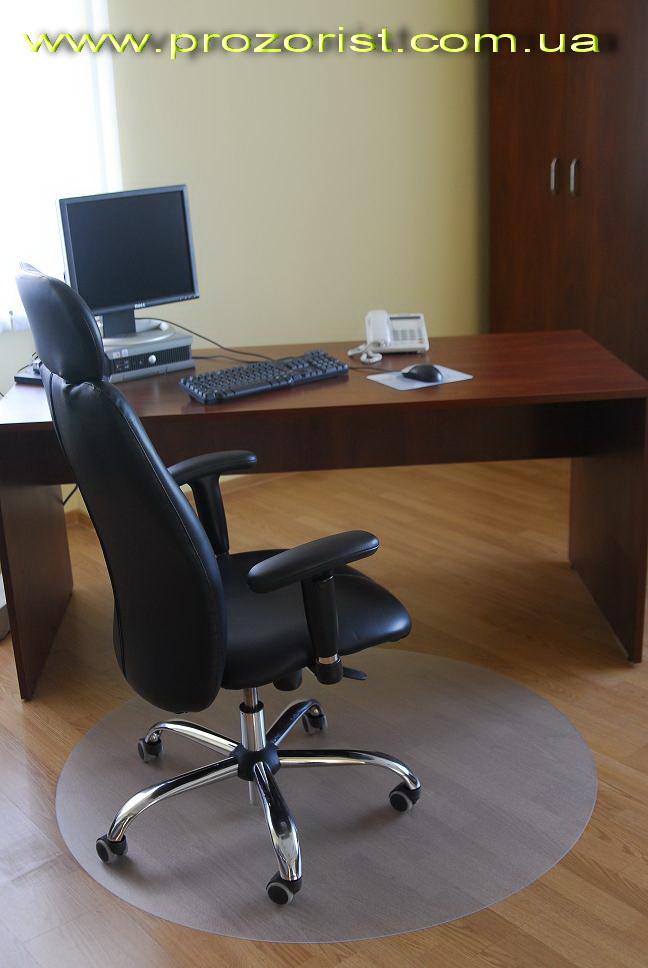 Прозрачный стул с членом 24 фотография